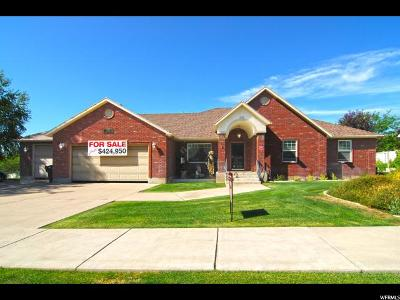 Smithfield Single Family Home For Sale: 715 E Summit Dr N