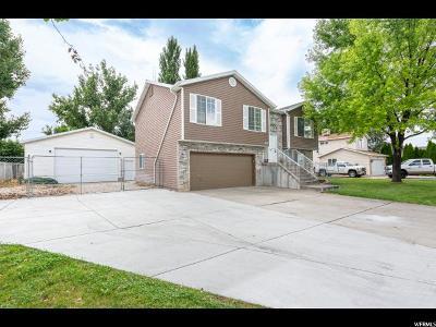 Davis County Single Family Home For Sale: 2477 W 1850 N