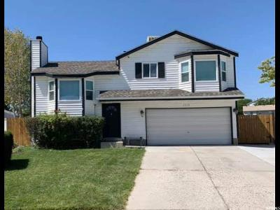 West Jordan Single Family Home For Sale: 5579 W Deerbrush Cir S
