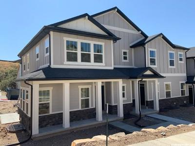 Lehi Townhouse For Sale: 5081 N Marble Fox Way W #207
