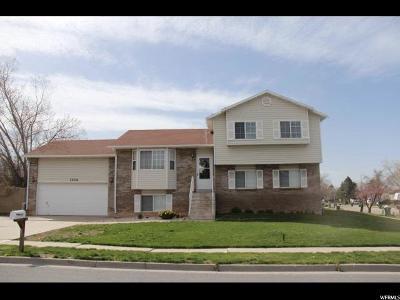 Layton Single Family Home For Sale: 1104 E Cherry Ln