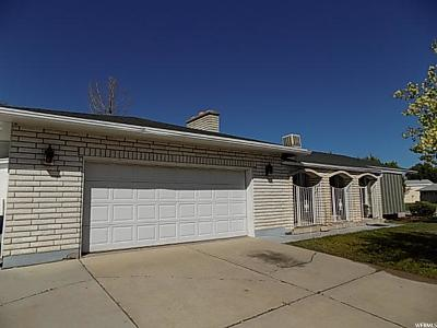 South Ogden Single Family Home For Sale: 5879 S Willow Wood Ln E