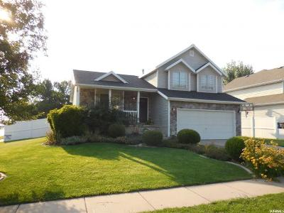 Kaysville Single Family Home For Sale: 1796 S 400 E