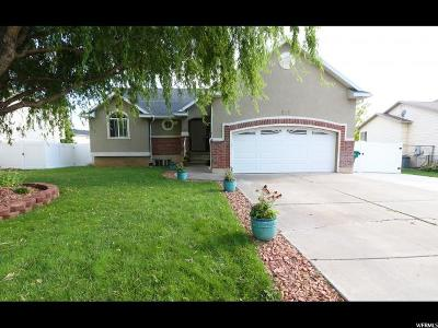 Clearfield Single Family Home For Sale: 222 E 2450 S