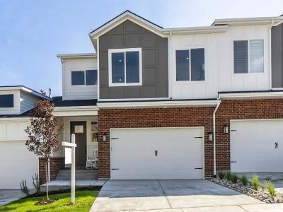 Herriman Townhouse For Sale: 14313 S Bella Vea Dr W #45