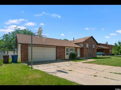 Roy Single Family Home For Sale: 5631 S 4050 W