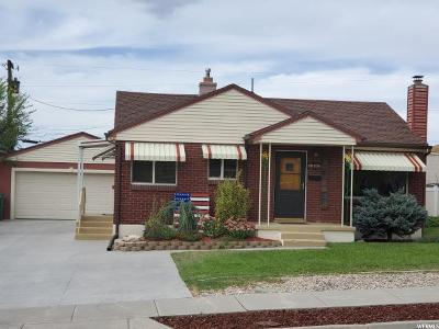 Roy Single Family Home For Sale: 5297 S 2425 W