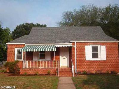 Single Family Home Sold: 606 South Nansemond Street