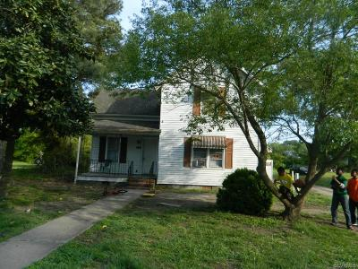 Single Family Home For Sale: 609 W Main Street