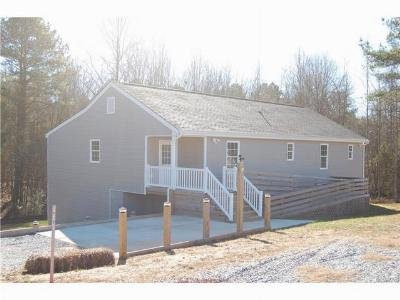 Blackstone Single Family Home For Sale: 505 College Rd