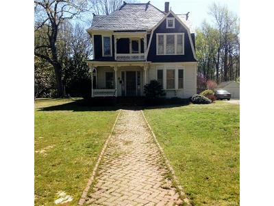 Blackstone Single Family Home For Sale: 811 Brunswick Avenue