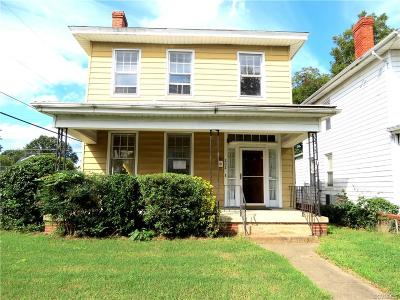 Single Family Home Sold: 202 Suffolk Avenue
