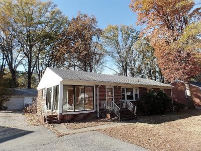 Single Family Home Sold: 618 Circlewood Drive