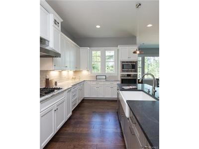Chesterfield County Single Family Home For Sale: 2125 Colwyn Bay Drive