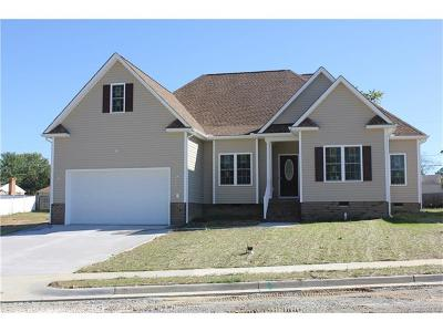 Hanover County Single Family Home For Sale: 8110 Castle Grove Drive