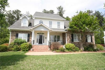 Midlothian Single Family Home For Sale: 10843 Willow Hill Court