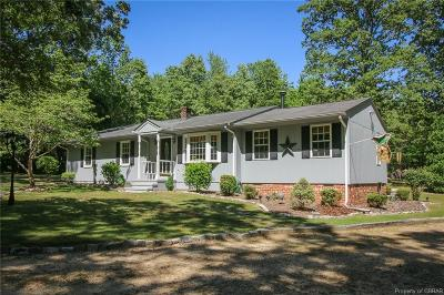 Single Family Home Sold: 264 Nugent Lane