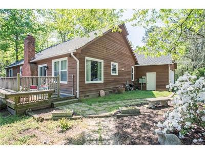 Single Family Home For Sale: 1050 Huguenot Trail