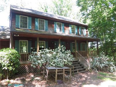 Single Family Home Sold: 94 Cavalier Trail