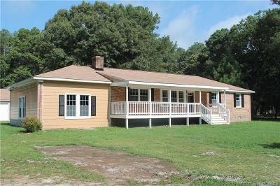 South Chesterfield Single Family Home For Sale: 17500 Sandy Ford Road