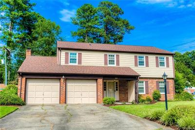Colonial Heights Single Family Home For Sale: 100 Windmere Drive