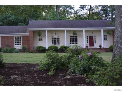 Williamsburg Single Family Home For Sale: 122 Horseshoe Drive