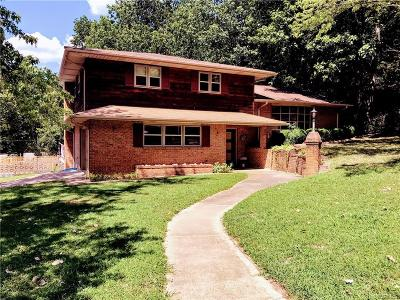 Hopewell VA Single Family Home For Sale: $215,000