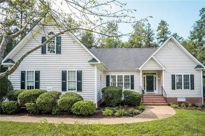 Midlothian Single Family Home For Sale: 15543 Fox Gate Place