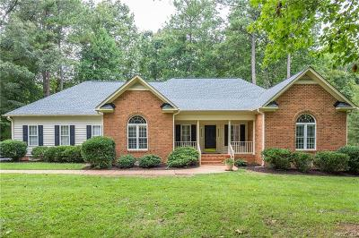 Chesterfield VA Single Family Home For Sale: $300,000