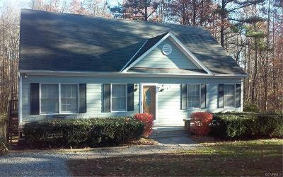 Powhatan County Single Family Home For Sale: 4020 Fine Creek Path