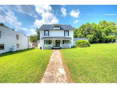 Blackstone Single Family Home For Sale: 703 North Main Street