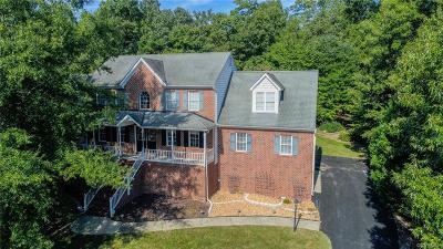 South Chesterfield Single Family Home For Sale: 14906 Majestic Creek Drive