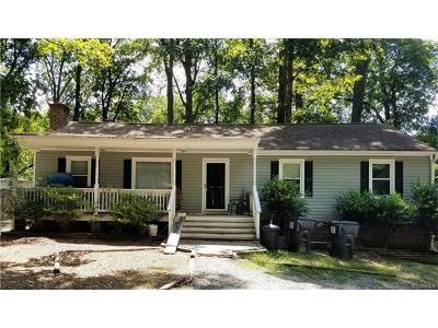 Chesterfield VA Single Family Home For Sale: $156,000