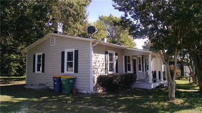 Hopewell VA Single Family Home For Sale: $113,000