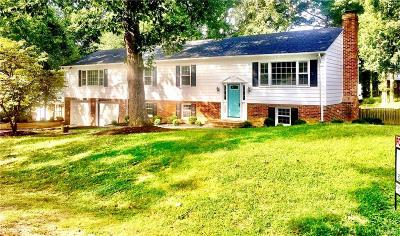 Hanover Single Family Home For Sale: 9302 Plymouth Place
