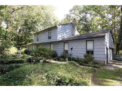 Hanover Single Family Home For Sale: 8078 Cadys Woods Drive