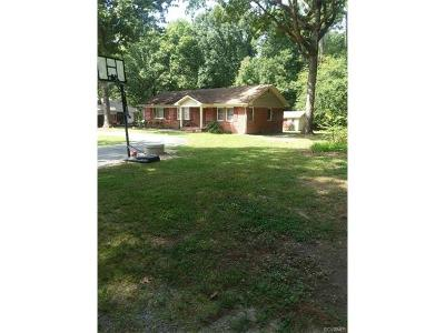 Dinwiddie Single Family Home For Sale: 18410 Pine Oak Lane