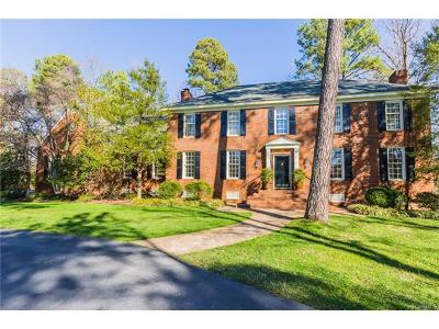 Richmond Single Family Home For Sale: 105 North Erlwood Court