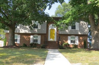 Colonial Heights Single Family Home For Sale: 902 Williamsburg Road