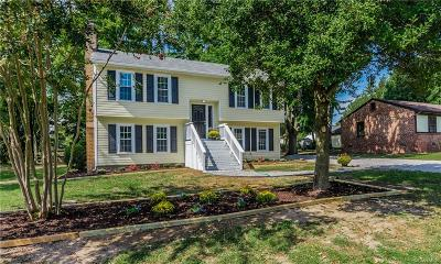 Chesterfield VA Single Family Home For Sale: $205,000