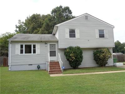 Hopewell VA Single Family Home For Sale: $156,000
