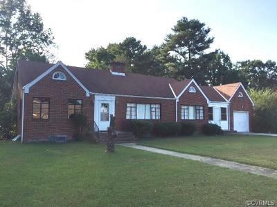 Hopewell VA Single Family Home For Sale: $152,000