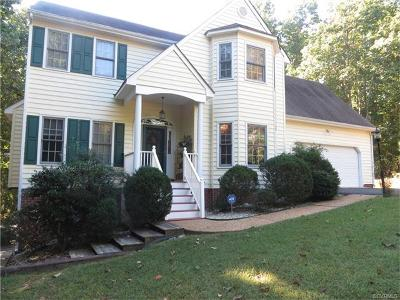 South Chesterfield Single Family Home For Sale: 13905 Howlett Line Drive