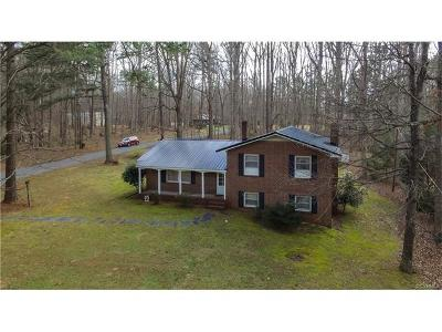 Blackstone Single Family Home For Sale: 701 10th Street