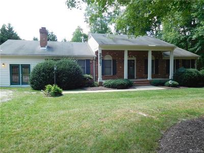 Powhatan VA Single Family Home For Sale: $270,000