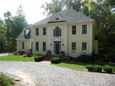 Goochland Single Family Home For Sale: 5695 Matthews Road