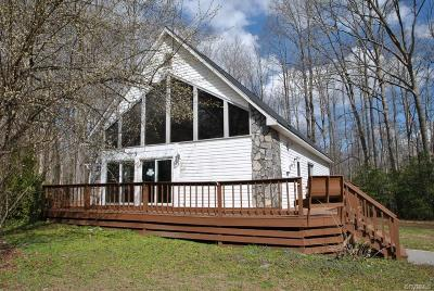 Powhatan County Single Family Home For Sale: 5050 Old Buckingham Road