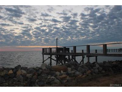 Deltaville VA Single Family Home For Sale: $425,000