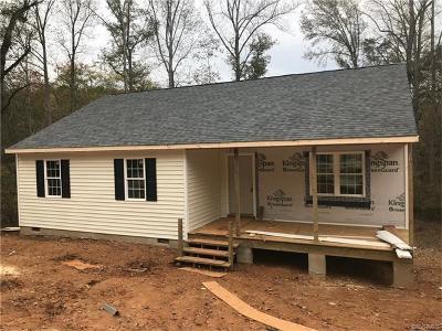 Powhatan County Single Family Home For Sale: 2950 Janet Lane