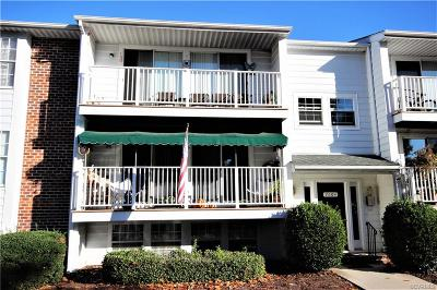 Henrico County Condo/Townhouse For Sale: 7604 Roscommon Court #4